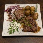 Griechisches Fleischgericht Restaurant Karyatis in Neuss-Norf